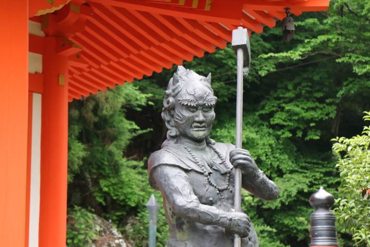 【龍泉寺】前鬼後鬼伝説がある洞川温泉にあるお寺、大峯山の修行地・龍神様の住まわれる泉