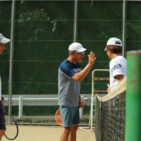 川遊びのできる黒滝村「きららの森」でテニス!大人の合宿・泊まりは吉野の中千本「一休庵」で鴨鍋